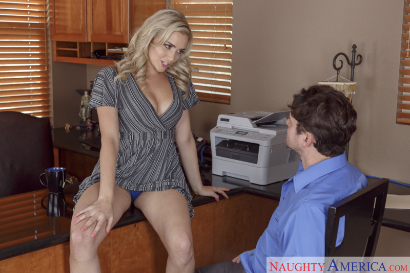 Naughty America Mia Malkova in Naughty Office