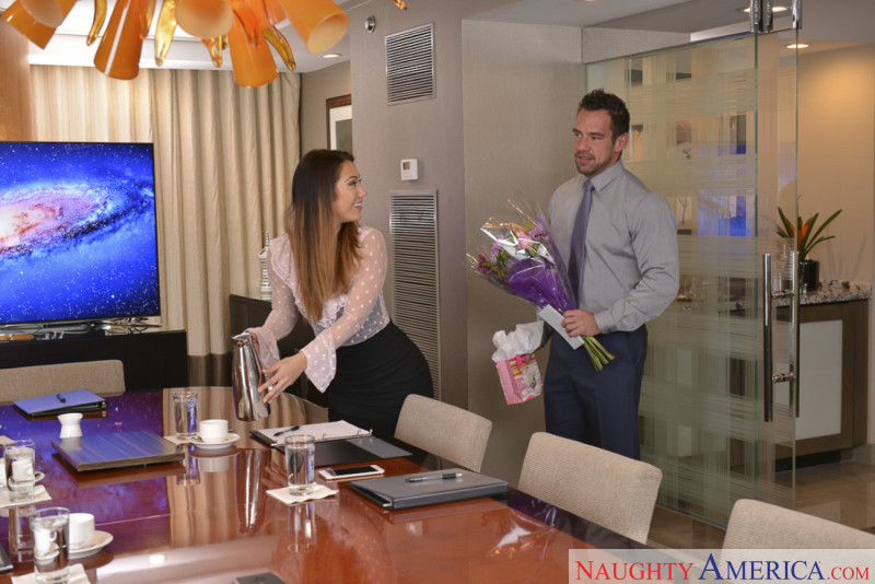 Naughty America Eva Lovia & Johnny Castle in Naughty Office